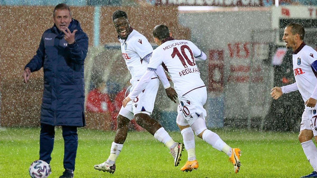 Ayağının tozuyla lige damga vurdu! Abdullah Avcı Trabzonspor'da bir ilki gerçekleştirirken 9 yıllık seriyi de korudu