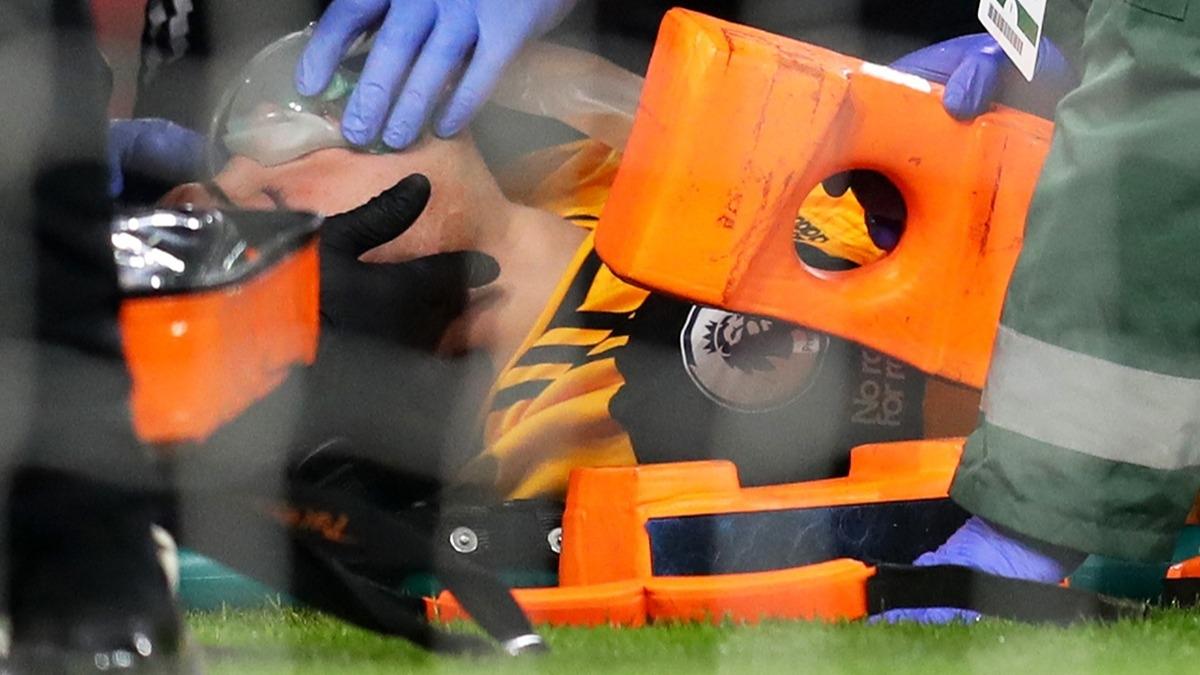 Arsenal-Wolverhampton maçında korku dolu anlar