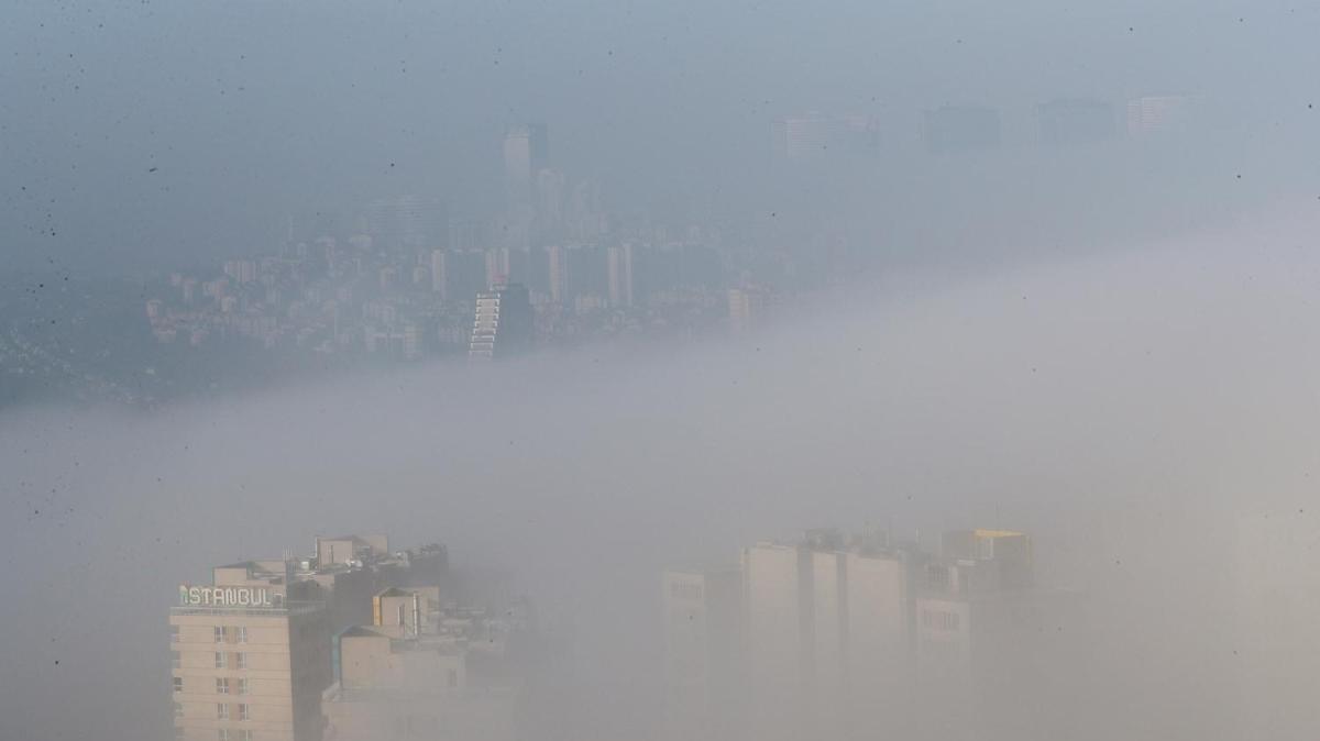 İstanbul'da sis eşsiz manzaralar oluşturdu