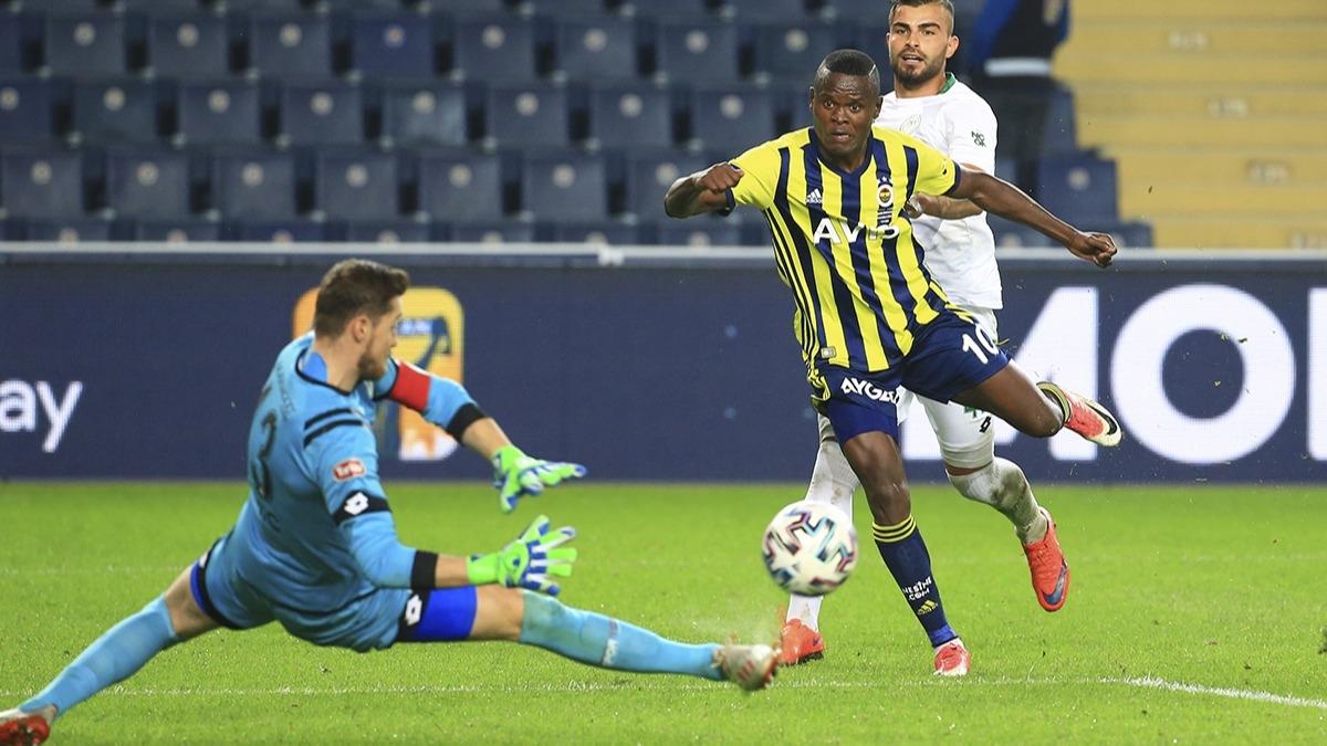 Fenerbahçe'ye Samatta için takas teklifi!