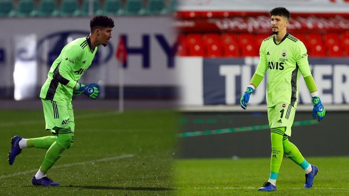 'Vatanı savunur gibi' Altay Bayındır'a müthiş övgüler: Süper Lig'e damga vurdu