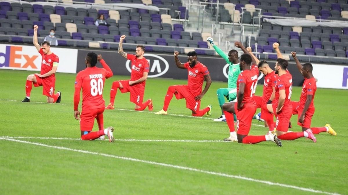 Sivasspor, Maccabi maçında ırkçılığa böyle tepki gösterdi