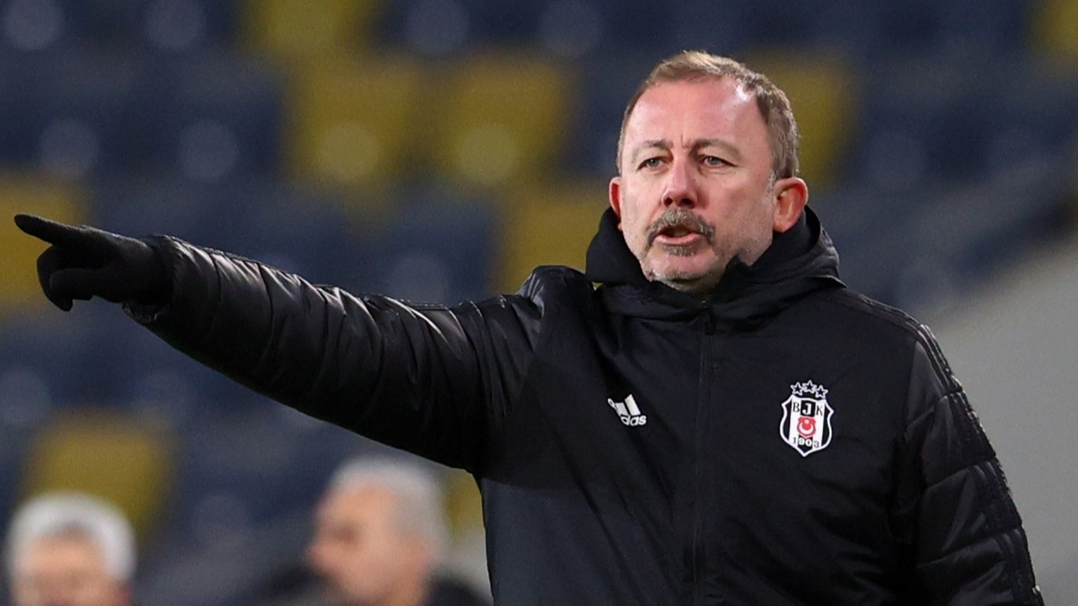 'Halis Hoca niye düdük çalıyor, anlam veremedim' Sergen Yalçın: Türk futbolunun içinde olduğu durumu anlattım, sonra neler oldu