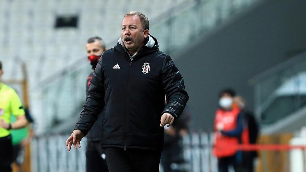 Beşiktaş - Sivasspor maçına damga vuran tartışma! Sergen Yalçın'dan itiraf geldi: Ben de gördüm...