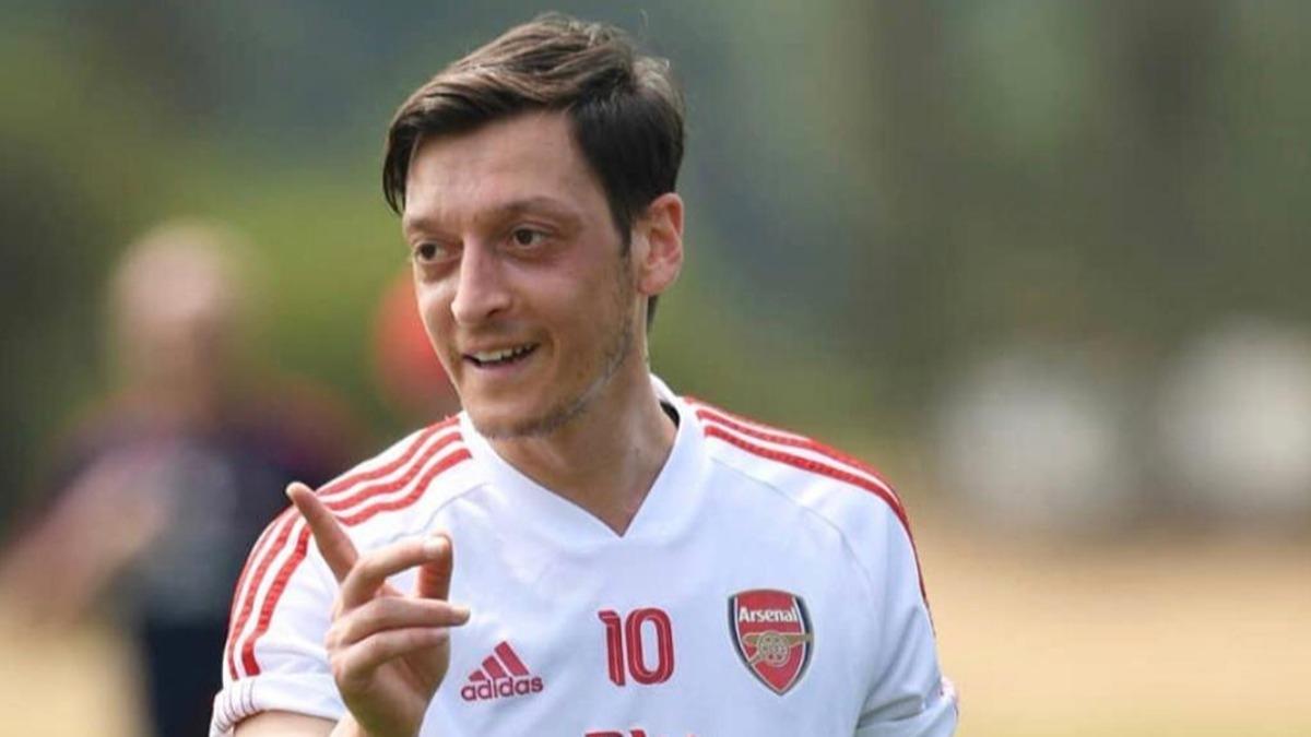 İşte Mesut Özil'in Fenerbahçe'deki forma numarası