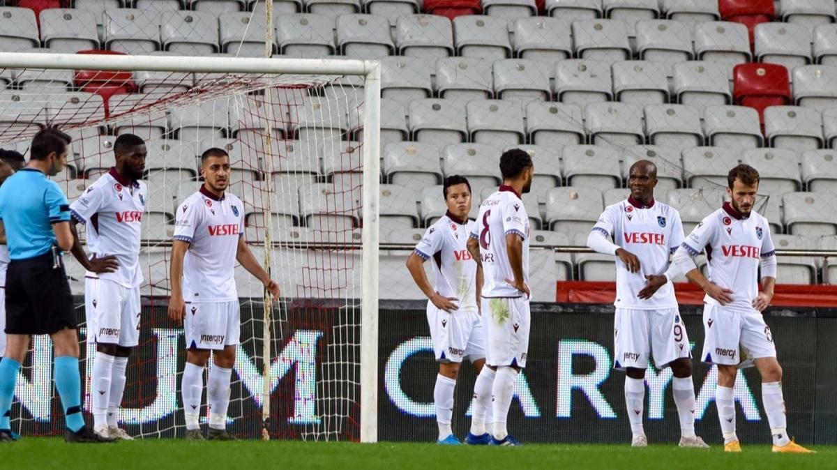 Trabzonspor'a sert eleştiri: 'Bu yeteneksizleri getirenler...'