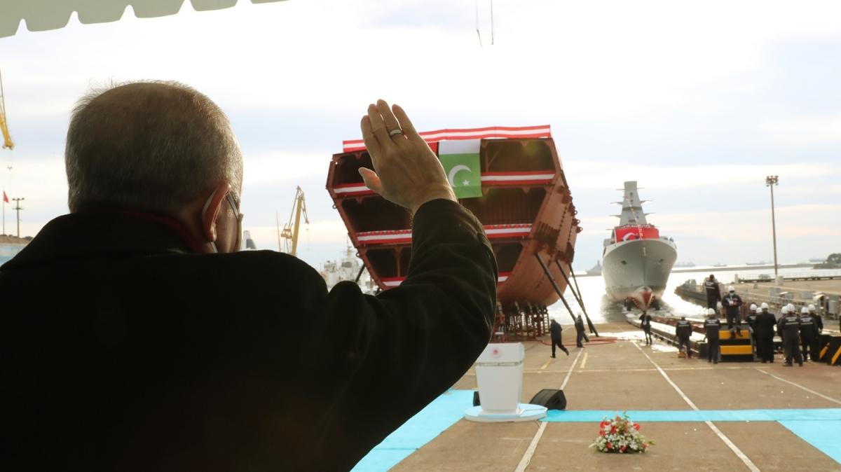 'İstanbul' denize indi... Başkan Erdoğan: Bunu gerçekleştirebilen 10 ülke içinde yer alıyoruz