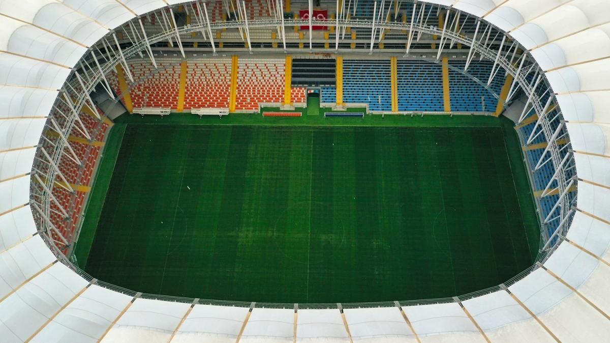 Yeni Adana Stadı derbi maçla açılıyor
