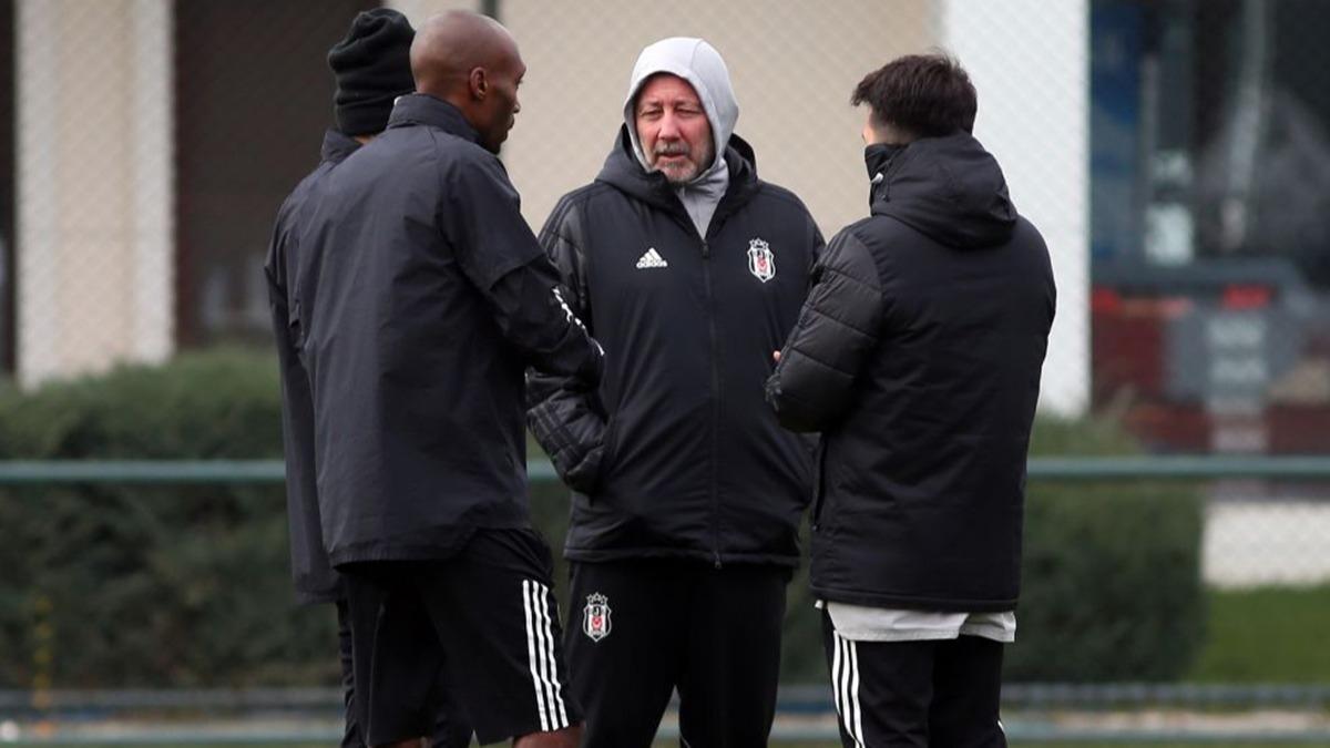 Sergen Yalçın Beşiktaş'taki savunma krizini böyle çözecek