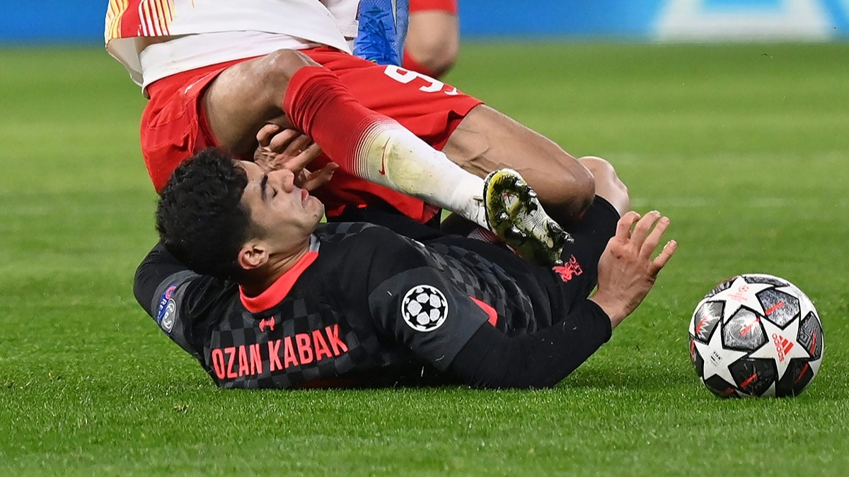 Leipzig - Liverpool maçına Ozan Kabak damgası! Maçın  adamı seçildi