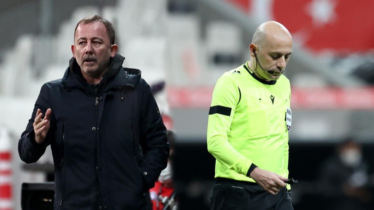 Cüneyt Çakır'ın kararı Beşiktaş-Denizlispor maçına damga vurdu! Sergen Yalçın izledi ve...
