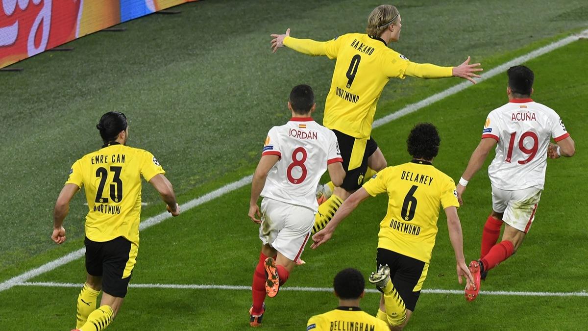 Cüneyt Çakır'ın yönettiği maçta ortalık karıştı