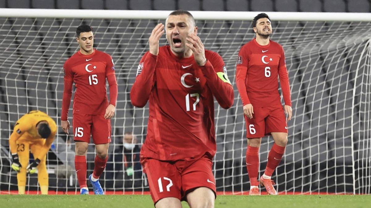 Burak Yılmaz'ın sözleri TV'de duyuldu! Tarih tekerrür etti: Türkiye-Letonya maçlarında inanılmaz istatistik