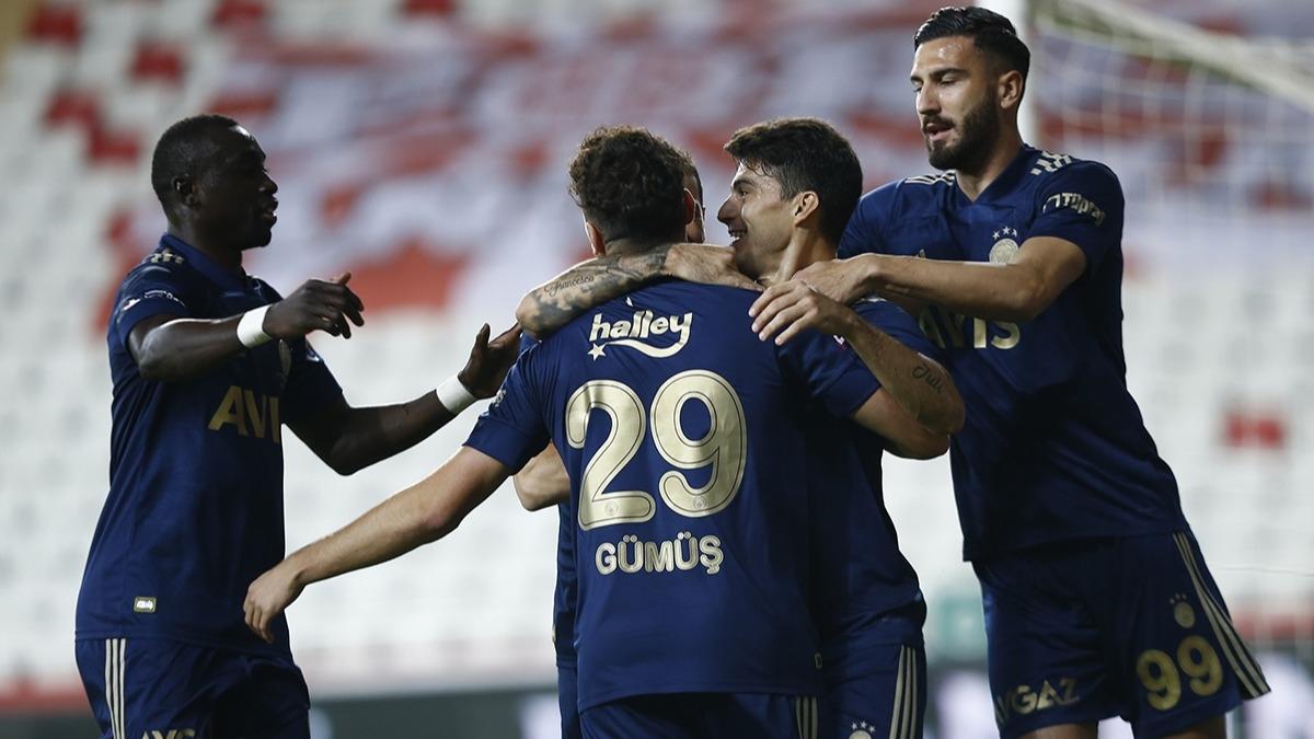 Ömer Faruk Beyaz'dan sonra Fenerbahçe'de bir ayrılık daha