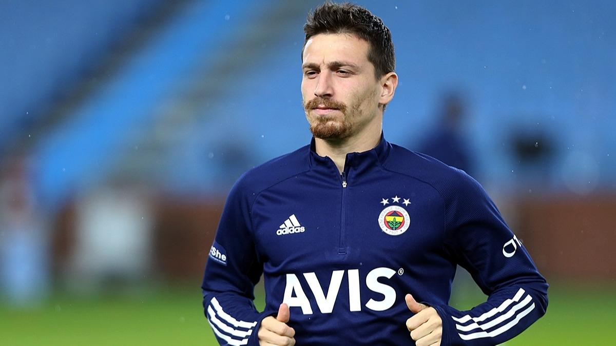 Fenerbahçe'de ayrılık! Mert Hakan'ın transferi için görüşmeler başladı