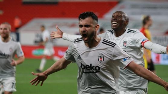 Ghezzal'den Beşiktaş'ı yıkan haber! 15 milyon euroluk teklif...