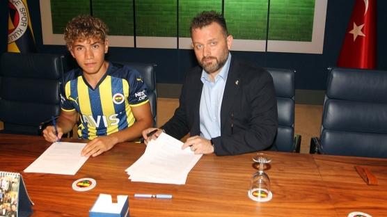 Fenerbahçe Çağtay Kurukalıp ile 3 yıllık sözleşme imzaladı