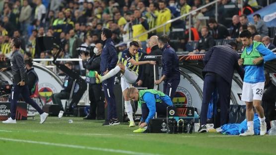 Fenerbahçe'de Mesut Özil şaşkınlığı! 'Devre arası buradan ayrılıyorum'