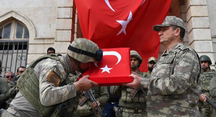 2'nci Ordu Komutanı Korgeneral İsmail Metin Temel Afrin'de