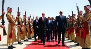 Cumhurbaşkanı Erdoğan Ürdün'de böyle karşılandı