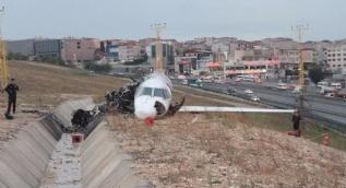 Havalimanındaki uçak kazasının boyutu gün ağarınca ortaya çıktı