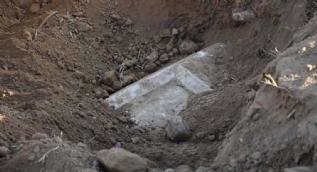 Kaçak kazı yapanlar kaçtı... 2 bin 500 yıllık tarihi eser bulundu