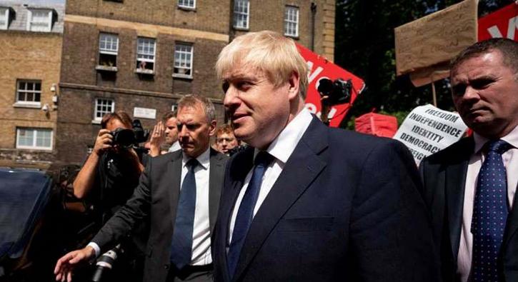 Boris Johnson İngiltere'nin yeni başbakanı oldu