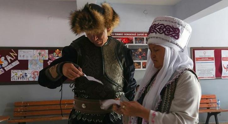 Kırgız Türkleri oyunu böyle kullandı