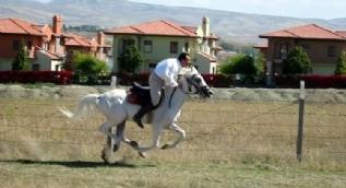 Muhsin Yazıcıoğlu'nun ölümünün 8. yıl dönümü