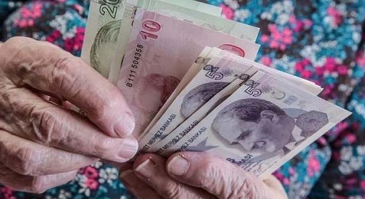 Emekliye en az 168 lira zam