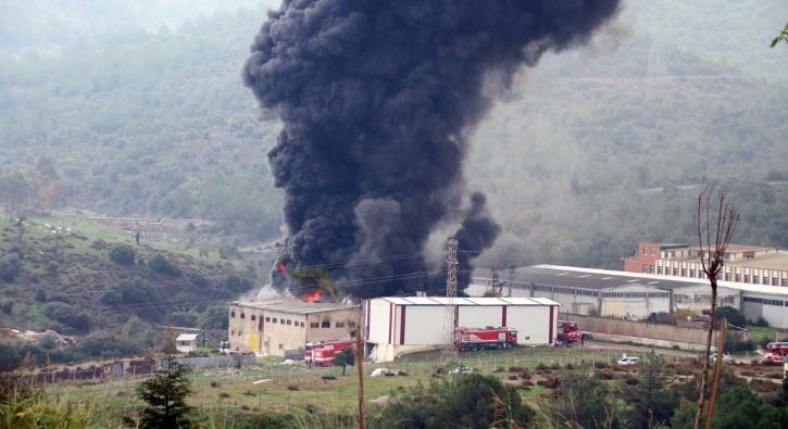 İzmir'de yangın...