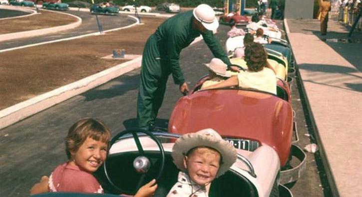 'Disneyland'ın 1955 yılındaki açılış günü fotoğrafları