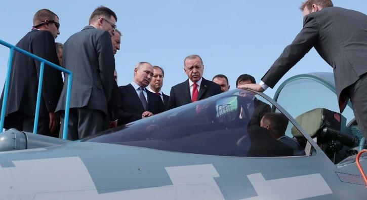 Başkan Erdoğan fuar alanını Putin'le beraber inceledi