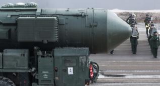 Rusya bütün silahlarını görücüye çıkarttı
