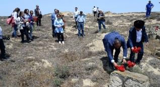 Azerbaycan'daki 'Nargin Adası' şehitleri unutulmadı, ilk kez resmi ziyaretle anıldılar