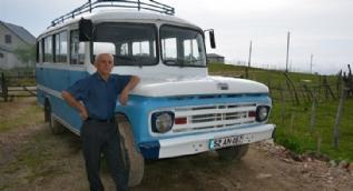 1962 model otobüs ilk günkü gibi çalışır durumda