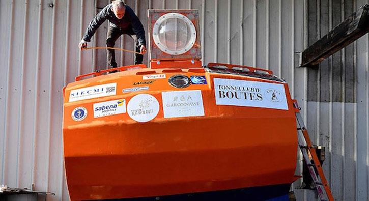 72 yaşındaki gezgin fıçı ile Atlas Okyanusu'nu geçti
