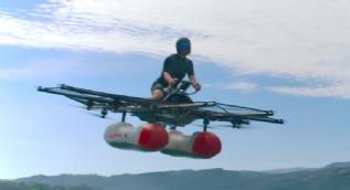Su üzerinde uçarak giden ilk elektrikli hava aracı