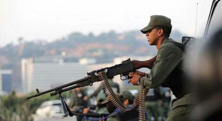 Venezuela'daki darbe girişimi fotoğrafları...