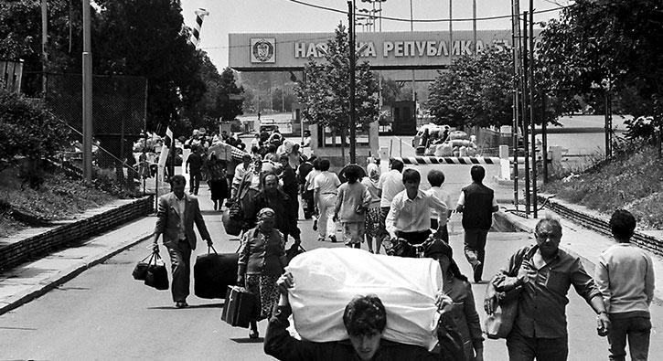 Bulgaristan'dan Türklerin 'zorunlu göçü' 30'uncu yılında
