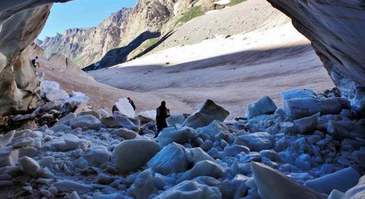 O bölgede alarm! Türkiye'nin 20 bin yıllık buzulları eriyor